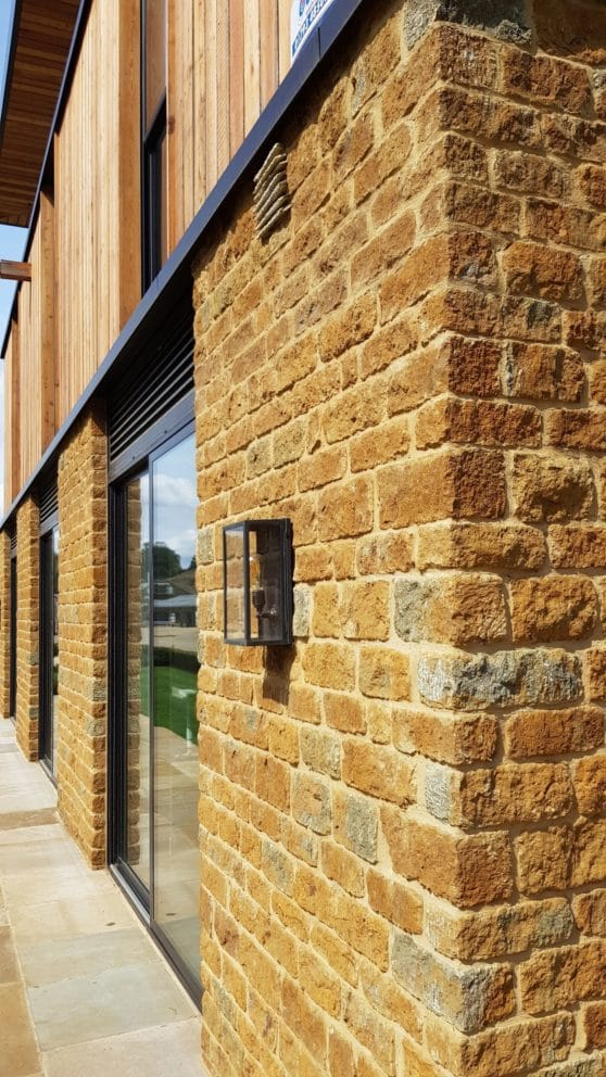 building-stone-ironstone-gt-hq1